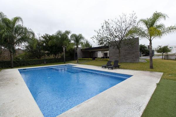 Foto de casa en venta en  , laderas del mirador (f-xxi), monterrey, nuevo león, 14037998 No. 02