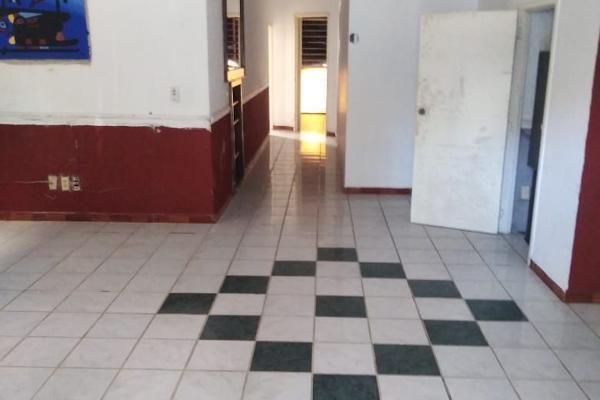 Foto de casa en venta en  , ladrón de guevara, guadalajara, jalisco, 14036634 No. 03