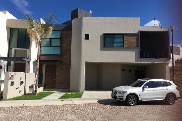 Foto de casa en venta en lago mecoacan , cumbres del lago, querétaro, querétaro, 14020643 No. 01