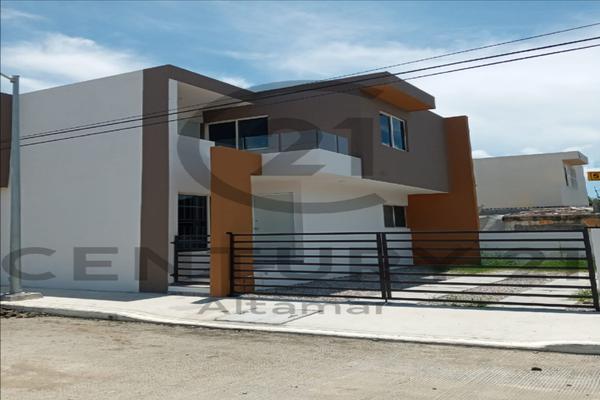 Foto de casa en venta en  , laguna de la puerta, tampico, tamaulipas, 15392560 No. 01