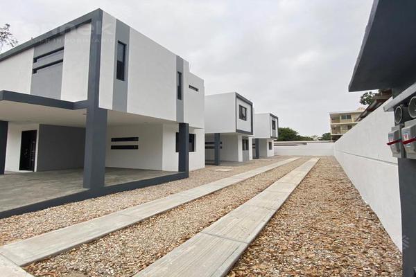 Foto de casa en venta en  , laguna de la puerta, tampico, tamaulipas, 0 No. 02