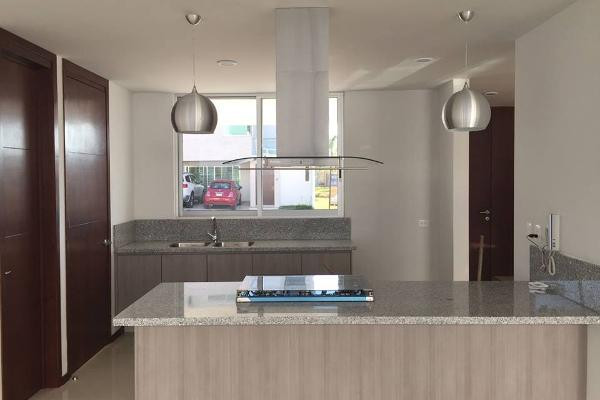 Foto de casa en venta en laguna de terminos , lomas de angelópolis ii, san andrés cholula, puebla, 4360657 No. 03