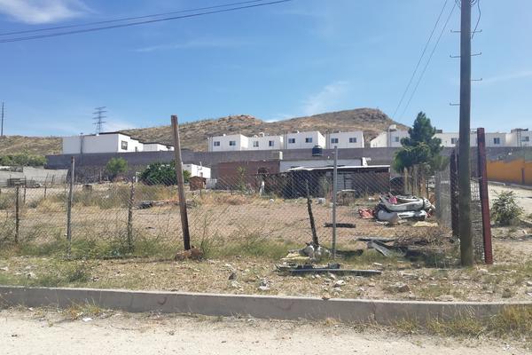 Foto de terreno habitacional en venta en  , las canteras, chihuahua, chihuahua, 18356475 No. 01