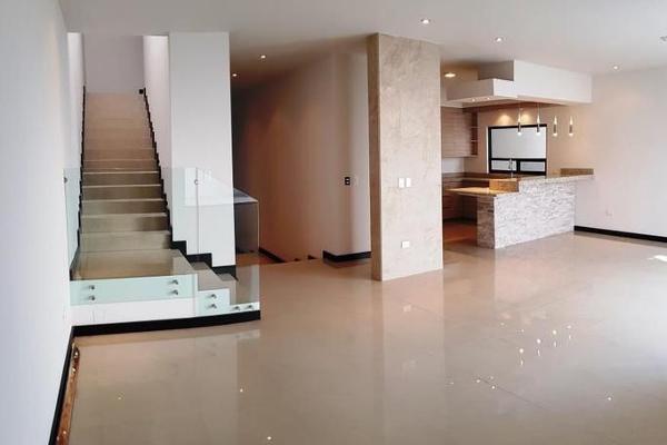 Foto de casa en venta en  , las cumbres 5 sector c, monterrey, nuevo león, 8092306 No. 01