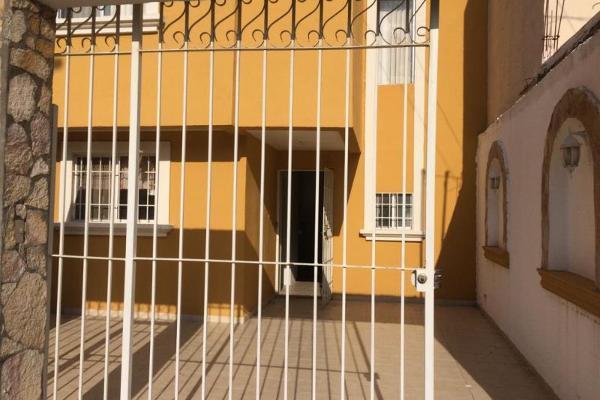 Foto de casa en venta en  , las etnias, torreón, coahuila de zaragoza, 5895957 No. 02