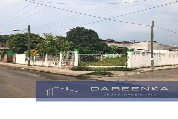 Foto de terreno habitacional en venta en  , las flores, san juan bautista tuxtepec, oaxaca, 0 No. 01