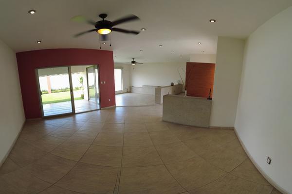 Foto de casa en venta en  , las fuentes, jiutepec, morelos, 0 No. 03