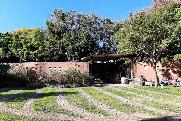 Foto de terreno habitacional en venta en  , las granjas, cuernavaca, morelos, 0 No. 02