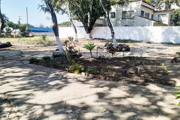 Foto de terreno habitacional en venta en  , las palmas, cuernavaca, morelos, 0 No. 06