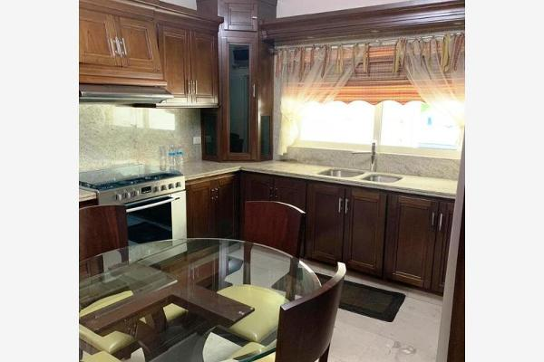 Foto de casa en venta en  , las quintas, culiacán, sinaloa, 12272174 No. 01