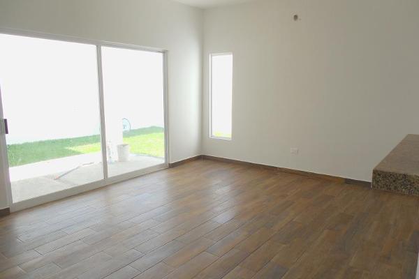 Foto de casa en venta en  , las quintas, torreón, coahuila de zaragoza, 3941715 No. 01