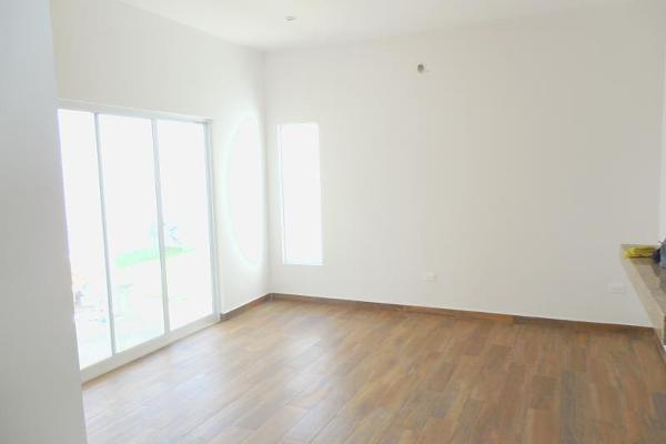 Foto de casa en venta en  , las quintas, torreón, coahuila de zaragoza, 3941715 No. 02
