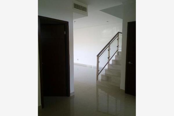 Foto de casa en venta en  , las trojes, torreón, coahuila de zaragoza, 2709039 No. 02