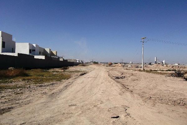 Foto de terreno habitacional en venta en  , las trojes, torreón, coahuila de zaragoza, 2737334 No. 01