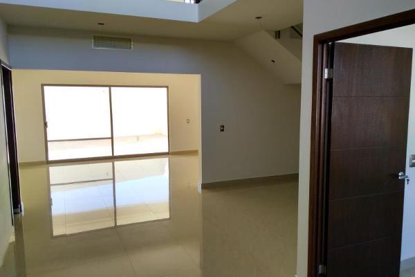 Foto de casa en venta en  , las trojes, torreón, coahuila de zaragoza, 3033755 No. 02
