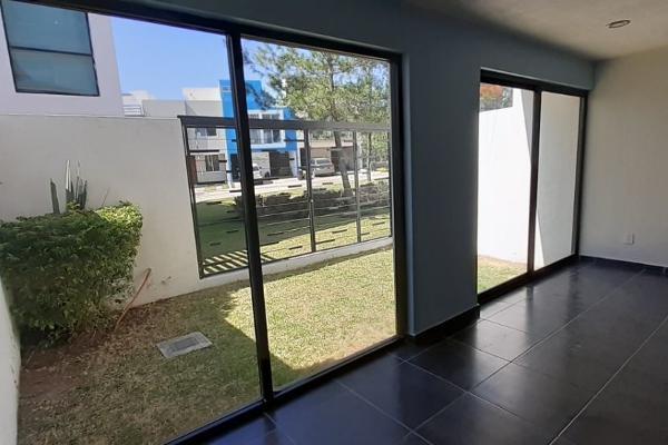 Foto de casa en venta en  , las víboras (fraccionamiento valle de las flores), tlajomulco de zúñiga, jalisco, 0 No. 03
