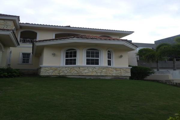 Foto de casa en venta en  , las villas, tampico, tamaulipas, 7876473 No. 02