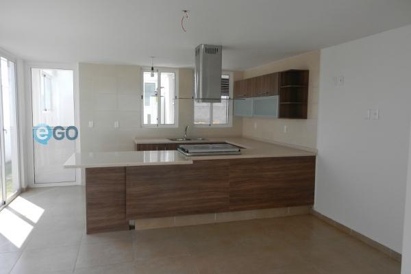 Foto de casa en venta en  , lázaro cárdenas, metepec, méxico, 5934618 No. 02