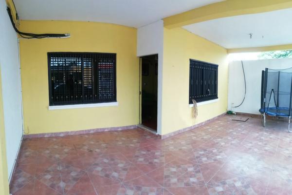 Foto de casa en venta en lázaro cárdenas , veracruz, othón p. blanco, quintana roo, 17484041 No. 01