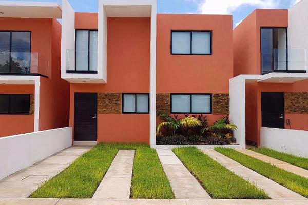 Foto de casa en venta en  , leandro valle, mérida, yucatán, 3979154 No. 01