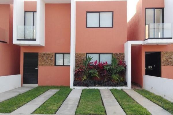 Foto de casa en venta en  , leandro valle, mérida, yucatán, 4556476 No. 01