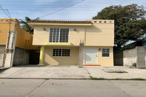 Foto de casa en venta en leon , hidalgo poniente, ciudad madero, tamaulipas, 20096847 No. 01
