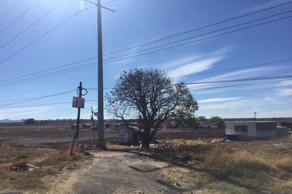 Foto de terreno comercial en venta en lib. de salamanca 13, 260, salamanca centro, salamanca, guanajuato, 0 No. 02