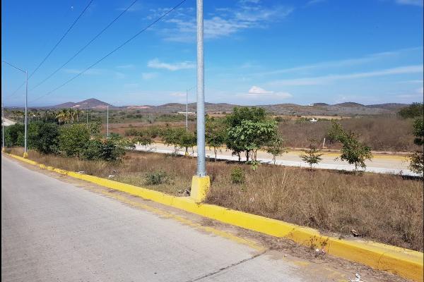 Foto de terreno comercial en venta en libramieto ii , real pacífico, mazatlán, sinaloa, 4646569 No. 03