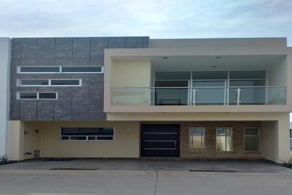 Foto de casa en venta en lirio , valle imperial, zapopan, jalisco, 14031705 No. 01