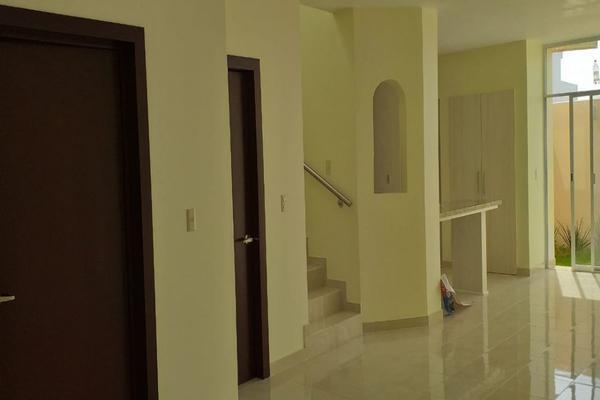 Foto de casa en venta en lirio , valle imperial, zapopan, jalisco, 14031705 No. 03