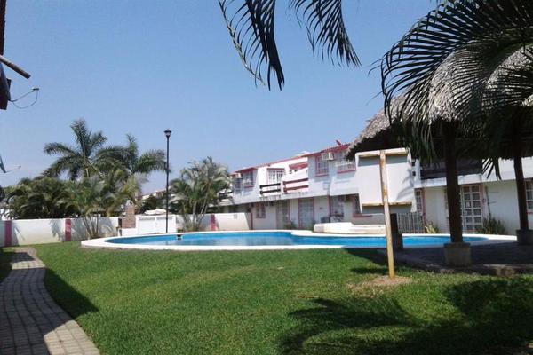 Foto de casa en venta en  , llano largo, acapulco de juárez, guerrero, 8103453 No. 01