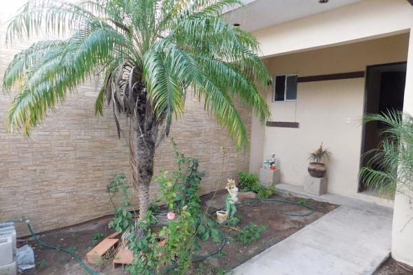 Foto de casa en venta en  , loma blanca, reynosa, tamaulipas, 3057376 No. 02