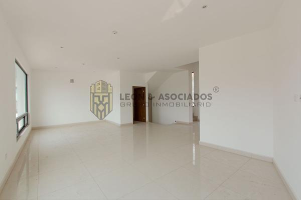 Foto de casa en venta en  , loma bonita, monterrey, nuevo león, 20438104 No. 08