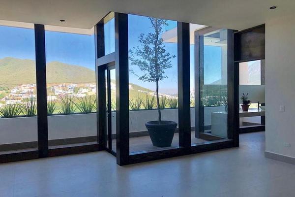 Foto de casa en venta en  , loma bonita, monterrey, nuevo león, 7958200 No. 02
