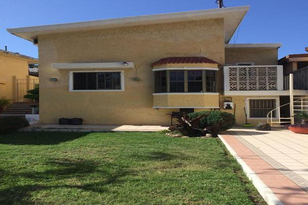 Foto de casa en venta en  , loma de rosales, tampico, tamaulipas, 7876136 No. 01