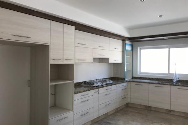 Foto de casa en venta en  , loma juriquilla, querétaro, querétaro, 14033839 No. 02