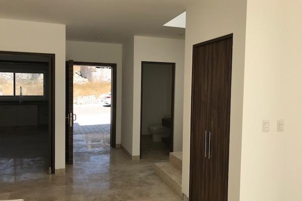 Foto de casa en venta en  , loma juriquilla, querétaro, querétaro, 14033839 No. 04
