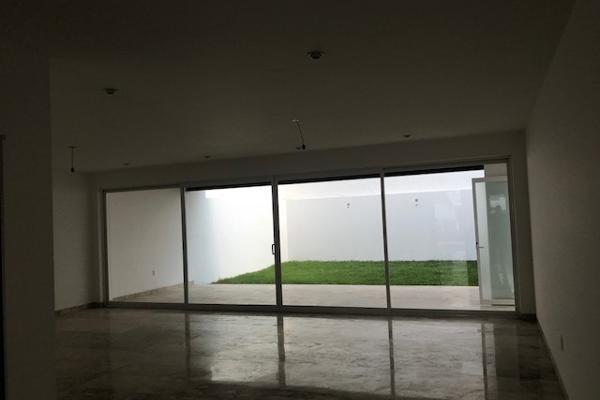 Foto de casa en venta en  , loma juriquilla, querétaro, querétaro, 14033839 No. 14