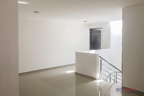 Foto de casa en venta en  , loma juriquilla, querétaro, querétaro, 14035567 No. 09