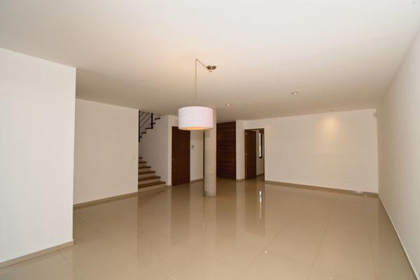 Foto de casa en venta en  , loma juriquilla, querétaro, querétaro, 14035571 No. 02