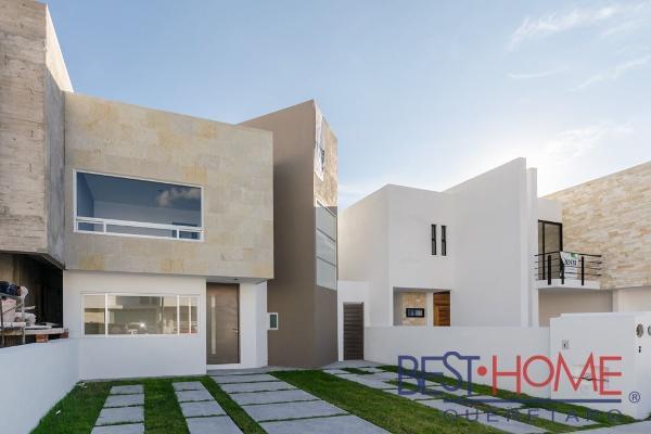 Foto de casa en venta en  , loma juriquilla, querétaro, querétaro, 14035579 No. 01
