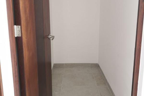 Foto de casa en venta en  , loma juriquilla, querétaro, querétaro, 14037412 No. 14