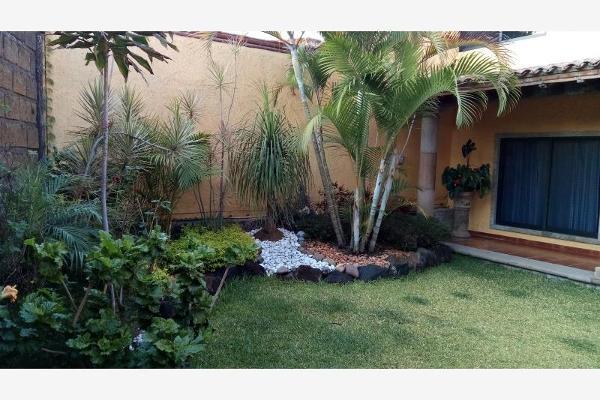 Foto de casa en venta en  , lomas de ahuatlán, cuernavaca, morelos, 5801305 No. 01