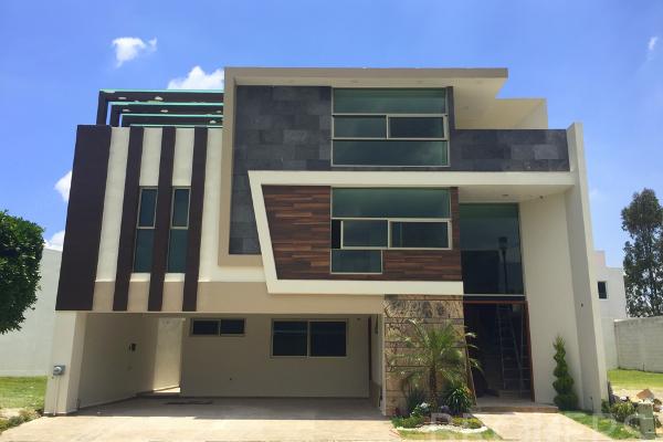 Foto de casa en venta en  , lomas de angelópolis ii, san andrés cholula, puebla, 2717951 No. 01