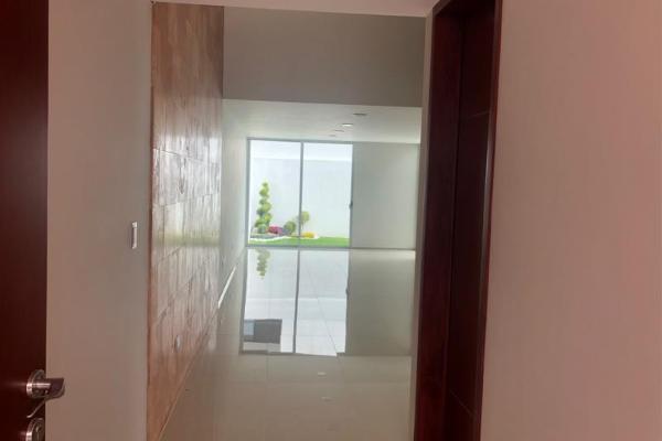 Foto de casa en venta en  , lomas de angelópolis, san andrés cholula, puebla, 6147991 No. 02