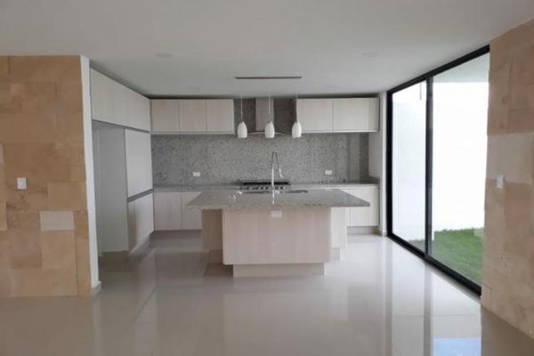 Foto de casa en venta en  , lomas de angelópolis ii, san andrés cholula, puebla, 7291696 No. 02
