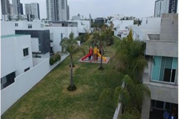 Foto de terreno habitacional en venta en  , lomas de angelópolis, san andrés cholula, puebla, 8118221 No. 02