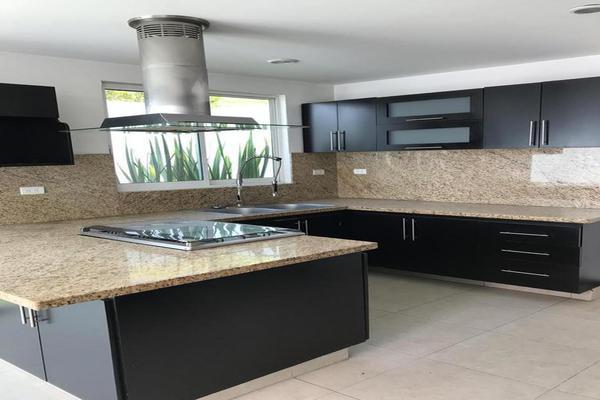 Foto de casa en venta en  , lomas de angelópolis ii, san andrés cholula, puebla, 8767524 No. 02