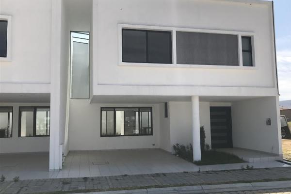 Foto de casa en venta en  , lomas de angelópolis ii, san andrés cholula, puebla, 2711464 No. 01