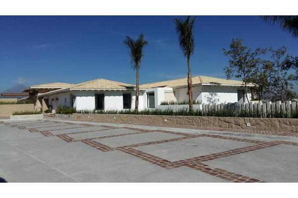 Foto de terreno habitacional en venta en  , lomas de angelópolis ii, san andrés cholula, puebla, 2714738 No. 02